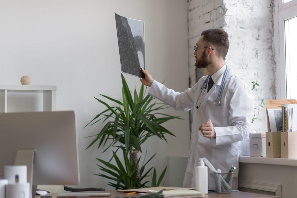 O exame de cintilografia renal é capaz de diagnosticar diversas doenças.