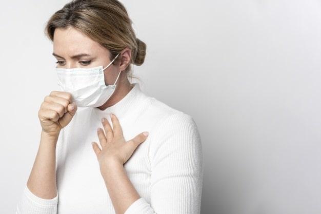 Entenda quais são os principais sintomas do Coronavírus e quando ir ao hospital